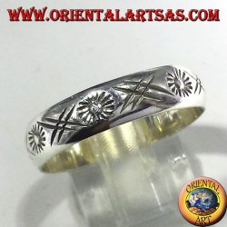 wedding ring engraved silver sun hand