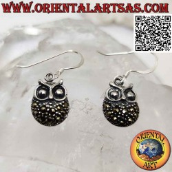 Silver earrings with plump...