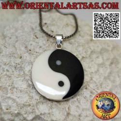 Silver yin yang pendant...