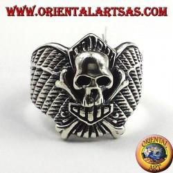 huesos del cráneo del motorista del anillo de plata