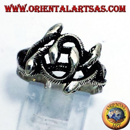 Silver ring, knot of six snakes