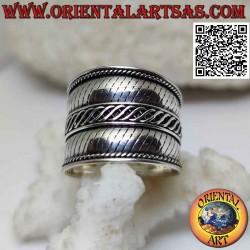Breiter Bandring in Silber...