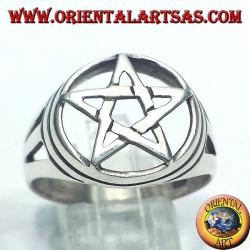 Anillo de plata con estrella de cinco puntas