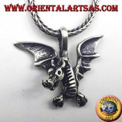 colgante de plata céltica del dragón