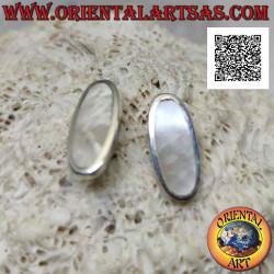 Silberne Lobe-Ohrringe mit...