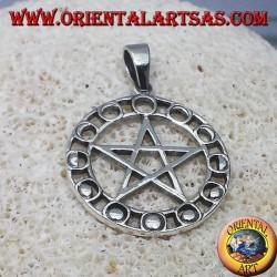 pendentif en argent, pentagramme avec des phases lunaires