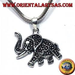 Silber Anhänger mit Elefantenrüssel nach oben