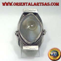 anillo de plata con ágata ojo de Shiva