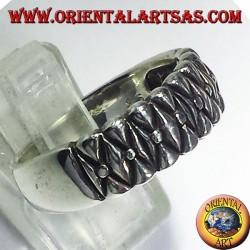 Серебряное кольцо, срезанный полоса