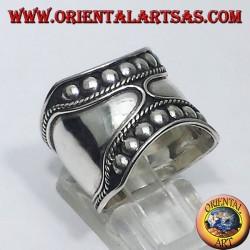 anello fascia larga in argento Bali (borchie )