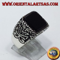 inlaid silver ring with onyx