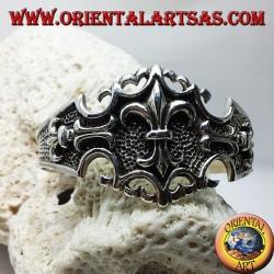 Bracciale in argento rigido con Giglio