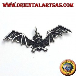 ciondolo in argento pipistrello con ali aperte