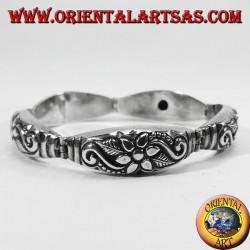 Silver bracelet semi chiseled flower hand