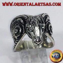 Anello d'argento Capra di Mendes
