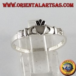 Anello in argento Claddagh Irlandese