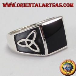 Silver ring with square onyx and tyrone knot