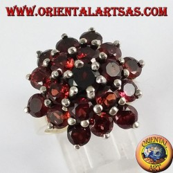 Silver ring, with 21 round natural garnets