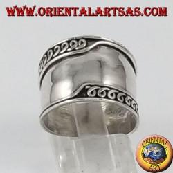 Argent large anneau de bande, Bali asymétriquement bords usiné