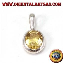 Ciondolo in argento con Topazio naturale ovale incastonato