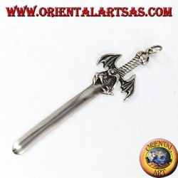 Ciondolo d'argento, spada del Drago