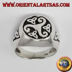 Plata anillo de sello Triskell con nodos Tyrone