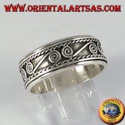 Anello fedina in argento girevole antistress con spirali a S