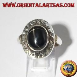 Anello d'argento con Black Star con bordo cesellato