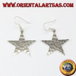 Orecchino d'argento stella effetto martellato