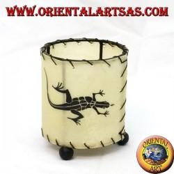 Portacandela in pelle cilindrico con geco disegnato