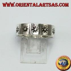 Anello fedina in argento con sole intarsiato