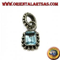 Ciondolo in argento con Topazio blu naturale rettangolare