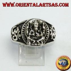 Anello in argento con Ganesha ed Oṃ (ॐ)