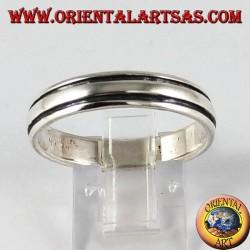 Anello in argento,faschietta con righe parallele ai bordi