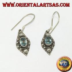Boucles d'oreilles en argent avec topaze bleue naturelle