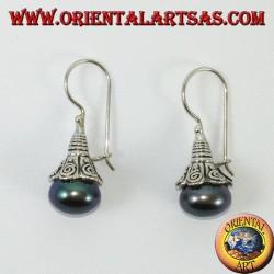 Серебряные серьги с жемчужно-серым подвесом