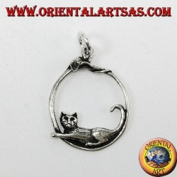 Silver pendant, cat and mouse on the rim
