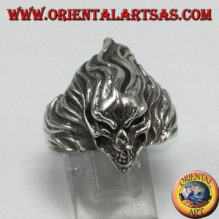 Silver ring, super fast skull