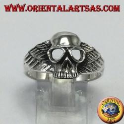 Anello in argento, teschio con ali da motociclista